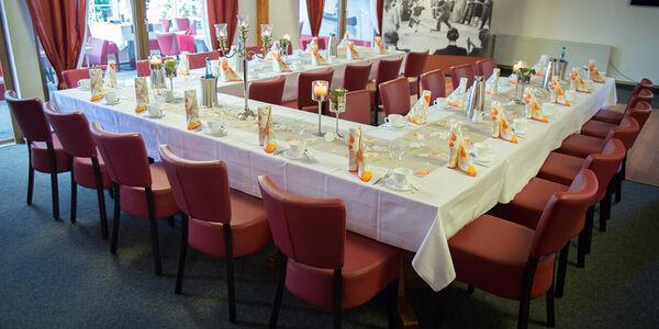 Hotel Baggernpuhl im Havelland - Feste feiern im Saal in Nauen